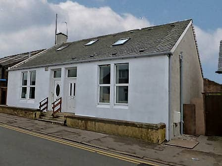3 bedroom semi-detached house to rent in Ayr