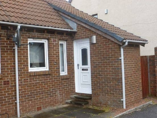 1 bedroom duplex to rent in Troon